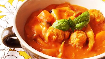 ルーで簡単♪肉団子トマトクリームシチュー