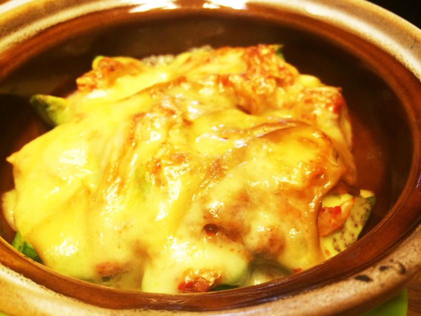 ニュージーランド産アボカドキムチーズ焼き
