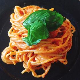 マスカルポーネとトマトの冷製パスタ