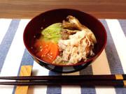 だし入り味噌*豚肉と野菜と舞茸の味噌汁の写真