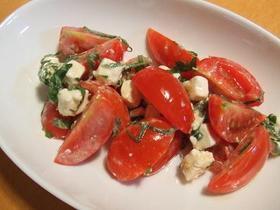 トマトとクリームチーズのめんつゆ和え