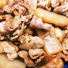 豚肉とこんにゃくとリンゴの炒め物