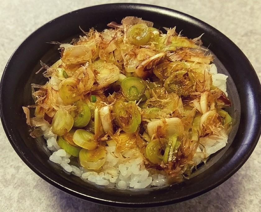 おかかネギ丼⭐ねぎ飯⭐ネギ鰹節ご飯おかず