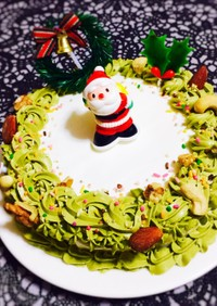 抹茶で簡単リース風クリスマスケーキ
