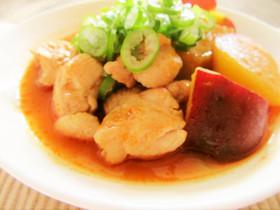 簡単美味♡薩摩芋と鶏肉ピリ辛ケチャップ煮