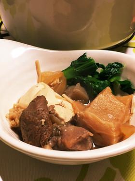 牛すじ豆腐煮込み