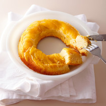 桃のチーズアップサイドダウンケーキ