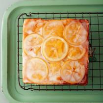 はちみつレモンのアップサイドダウンケーキ