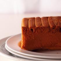 シガレットクッキーのアップサイドダウンケーキ