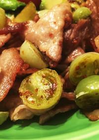 グリーントマトの豚肉炒め