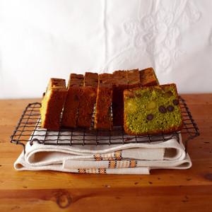 栗と甘納豆とくるみの抹茶アップサイドダウンケーキ