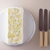 ライムレアチーズアップサイドダウンケーキ