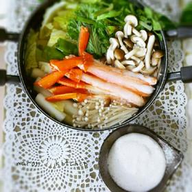 とろろで食べる♥白味噌とおだしのカニ鍋