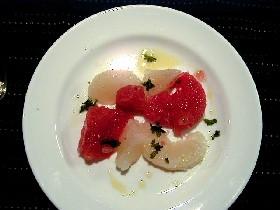 グレープフルーツのシンプルサラダ。