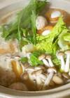 鶏つくねと牡蠣の味噌鍋