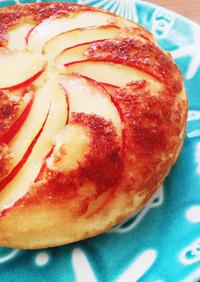 炊飯器で簡単!贅沢りんごのホットケーキ