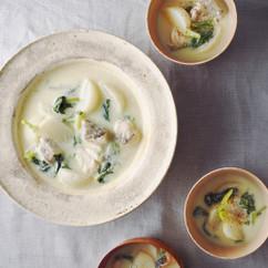 たらとかぶの酒粕白味噌スープ