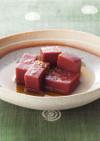滋賀県の郷土料理「赤こんにゃくの煮物」