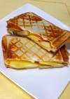 アップルパイ☆チーズアップルホットサンド