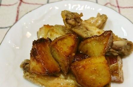 さつま芋と手羽中の香味甘辛炒め