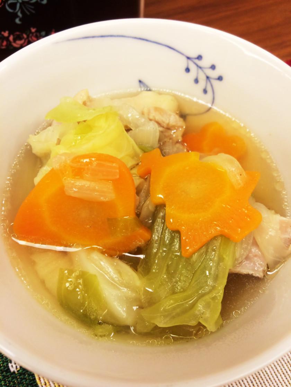 胃腸炎の回復期に☆鶏肉と野菜のスープ煮