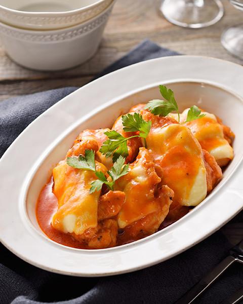 野菜ジュースで絶品!チキンのトマト煮込み