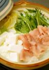 白だしで、白菜と豚肉の豆乳鍋(簡単です)