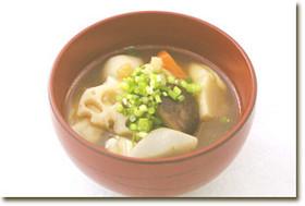 ほくほくの食感♪3種の根菜と里芋のみそ汁