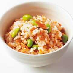 鮭フレークと枝豆の混ぜご飯