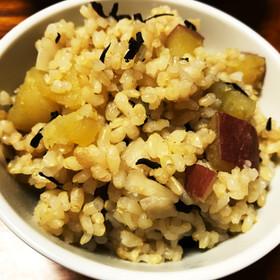 玄米ひじき雑穀のさつまいもごはん