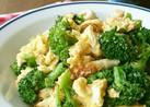 ブロッコリーとちくわと卵の中華風炒め