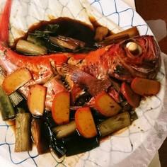 甘口の金目鯛と太ネギの煮込み