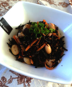 大豆とひじきの煮物【柏市給食】