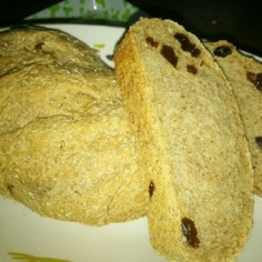 全粒粉とライ麦のパン