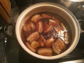 沖縄名物 ラフテー(豚の角煮)