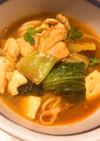 鶏肉と白菜の味噌うどん煮込み