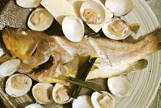 余った泡盛で 白身魚のマース煮(塩煮)