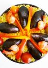 スキレットで ムール貝とトマトのパエリア