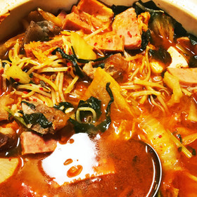 市販のスープにプラスで簡単本格プデチゲ♫