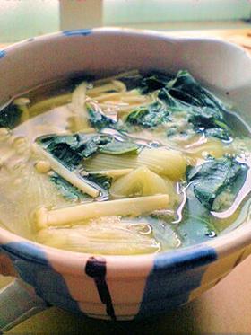 具沢山♪えのきと小松菜のお味噌汁