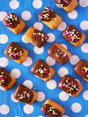 乾パンでお手軽&簡単デコ☆チョコ菓子の写真