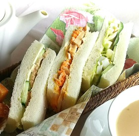 3種のサラダサンドイッチ