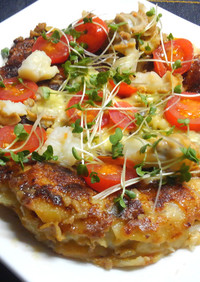 ひき肉とホタテの長芋ピッツァ