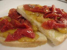 新発見!チーズとドライトマトのトースト♪