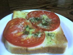 簡単トマトトースト