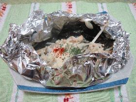 牡蠣とワカメのホイル焼き
