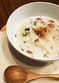 朝食・おやつ◎滋養たっぷり、甘いミルク粥