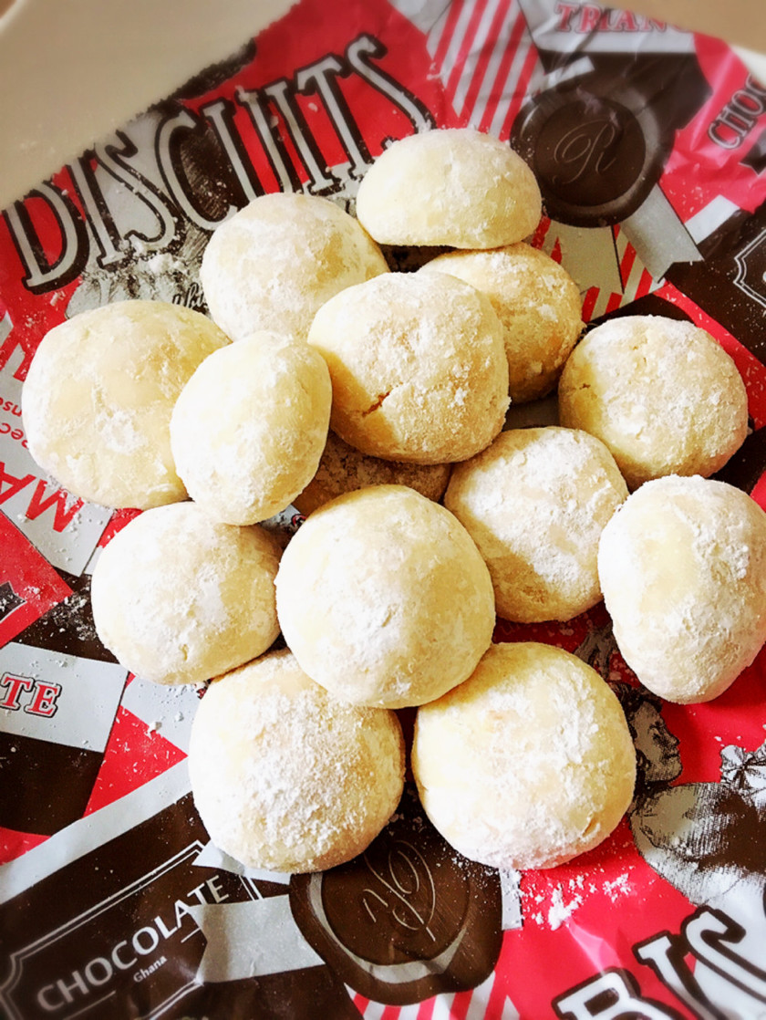 ホワイトデーにも簡単スノーボールクッキー
