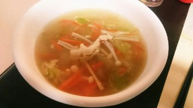 白菜とえのきのほんわかスープ