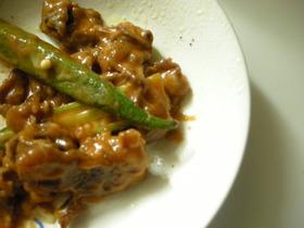 牛肉とオクラのチーズケチャップ炒め